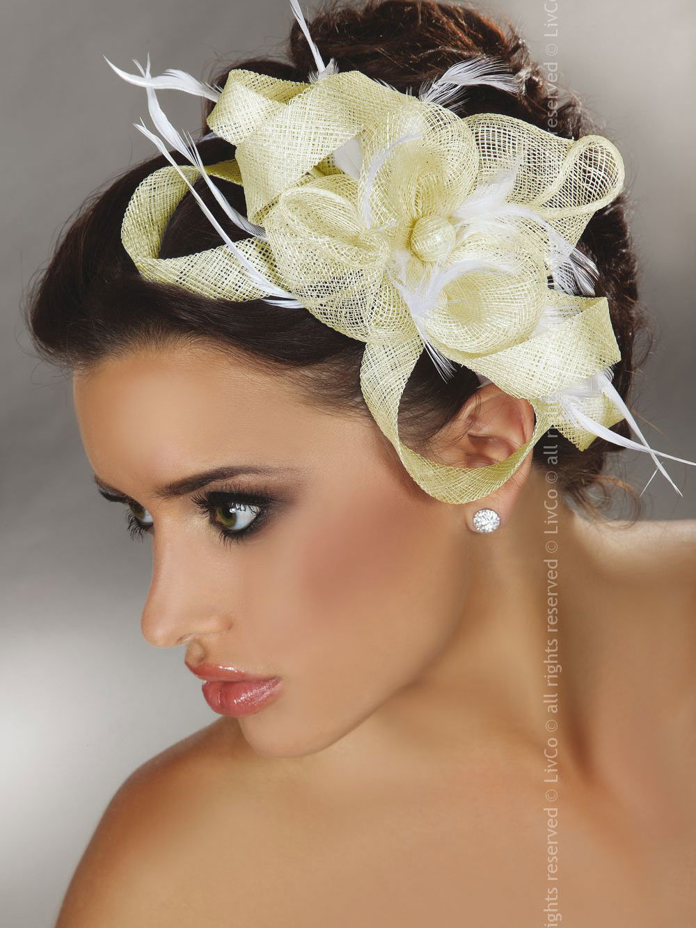 Palarie Mini Top Hat Model 29 Ivory thumbnail