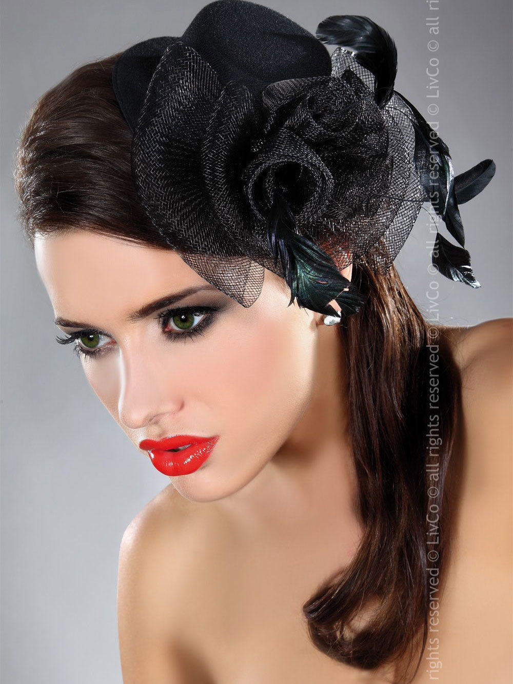 Palarie Mini top hat model 27 Negru de la LivCo