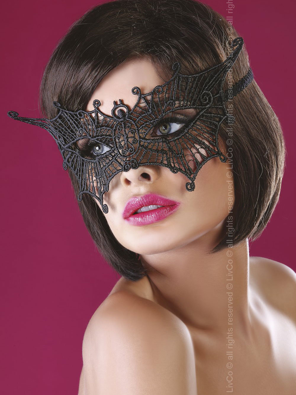 LivCo Masca Model 11 Negru