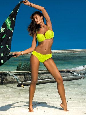 Amanda yellow