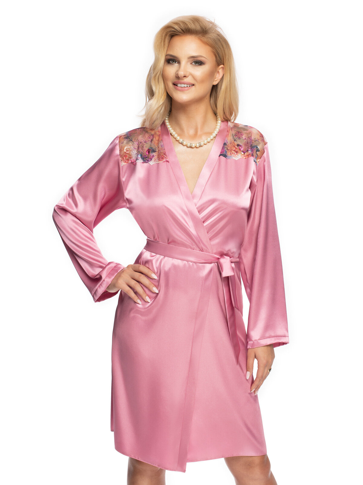 Halat Shelby p Roz Shelby_dressing gown Roz